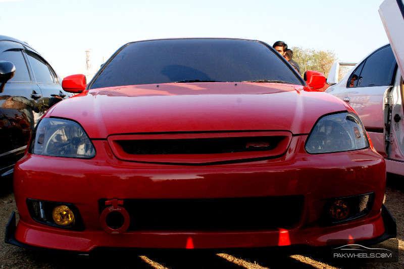 Honda Civic - 1995 red chilli Image-1