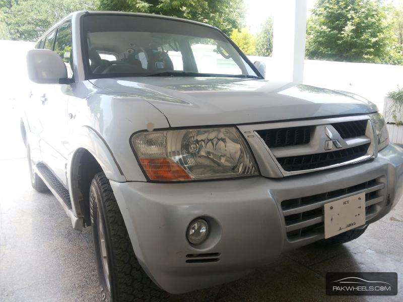 Mitsubishi Pajero - 2003 pajero Image-1