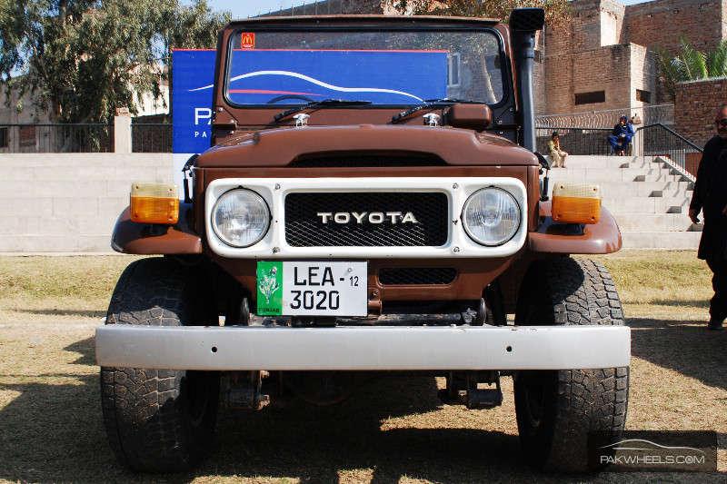 Toyota Land Cruiser - 1984 Effff Jayyyy Image-1