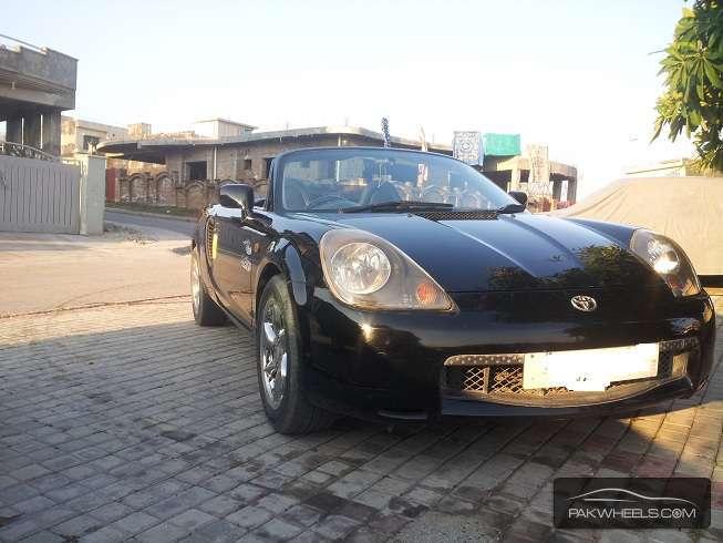Toyota MR2 - 2000 mr2 roadster Image-1