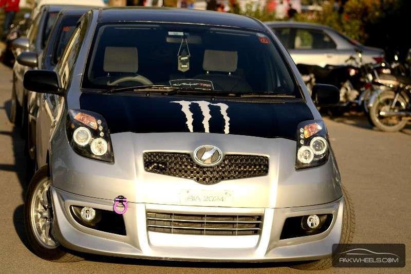 Toyota Vitz - 2006  Image-1