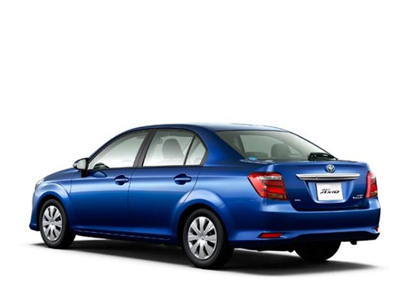 Toyota Corolla Axio  Interior