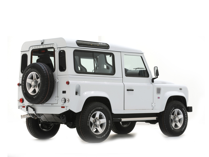 Land Rover Defender  Exterior Rear End