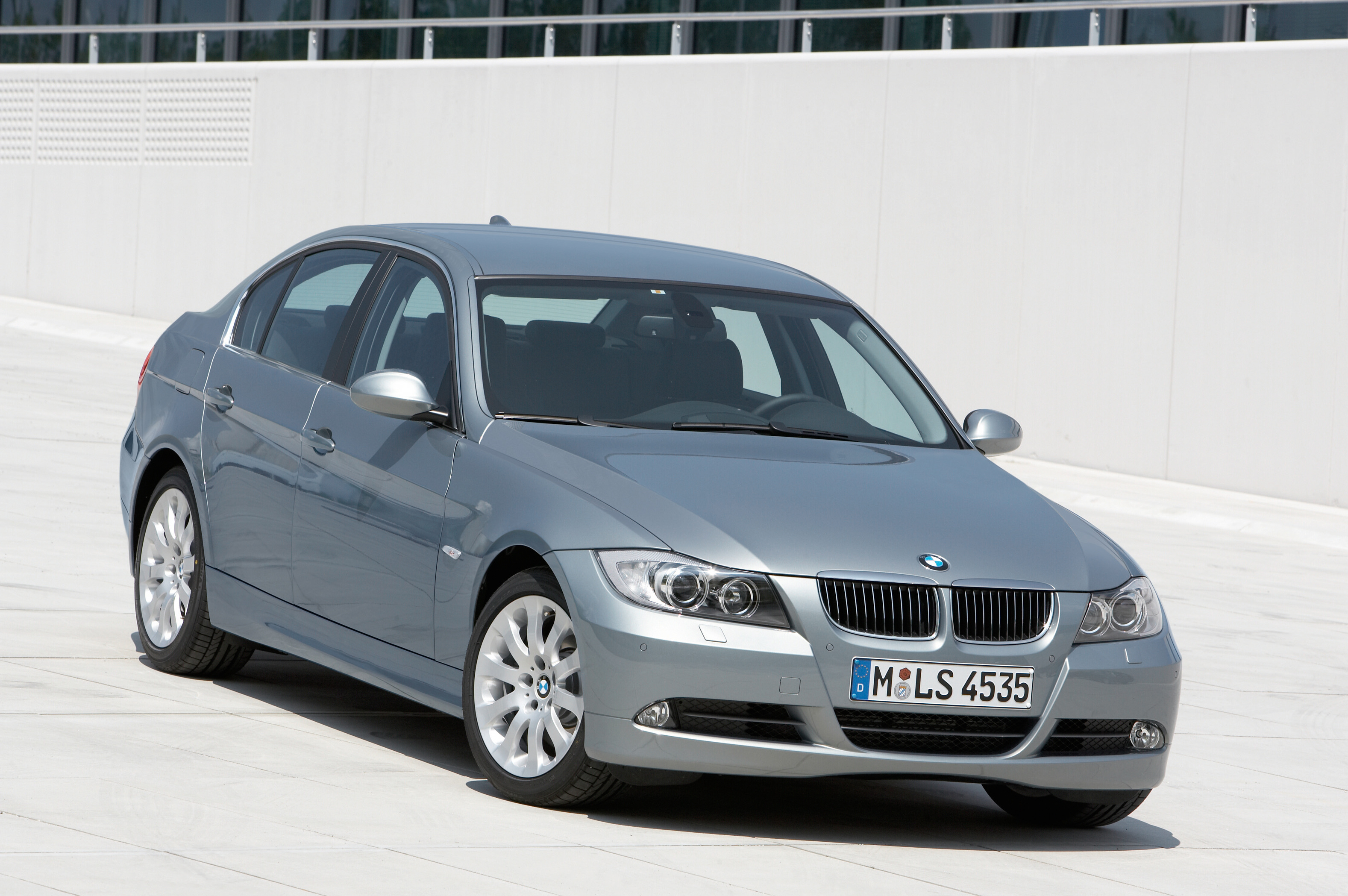 BMW 3 Series Exterior Front End