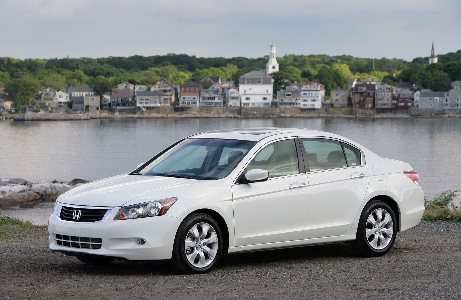2009-honda-accord-13