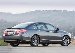 Honda Accord 2013 Exterior Rear Side Views