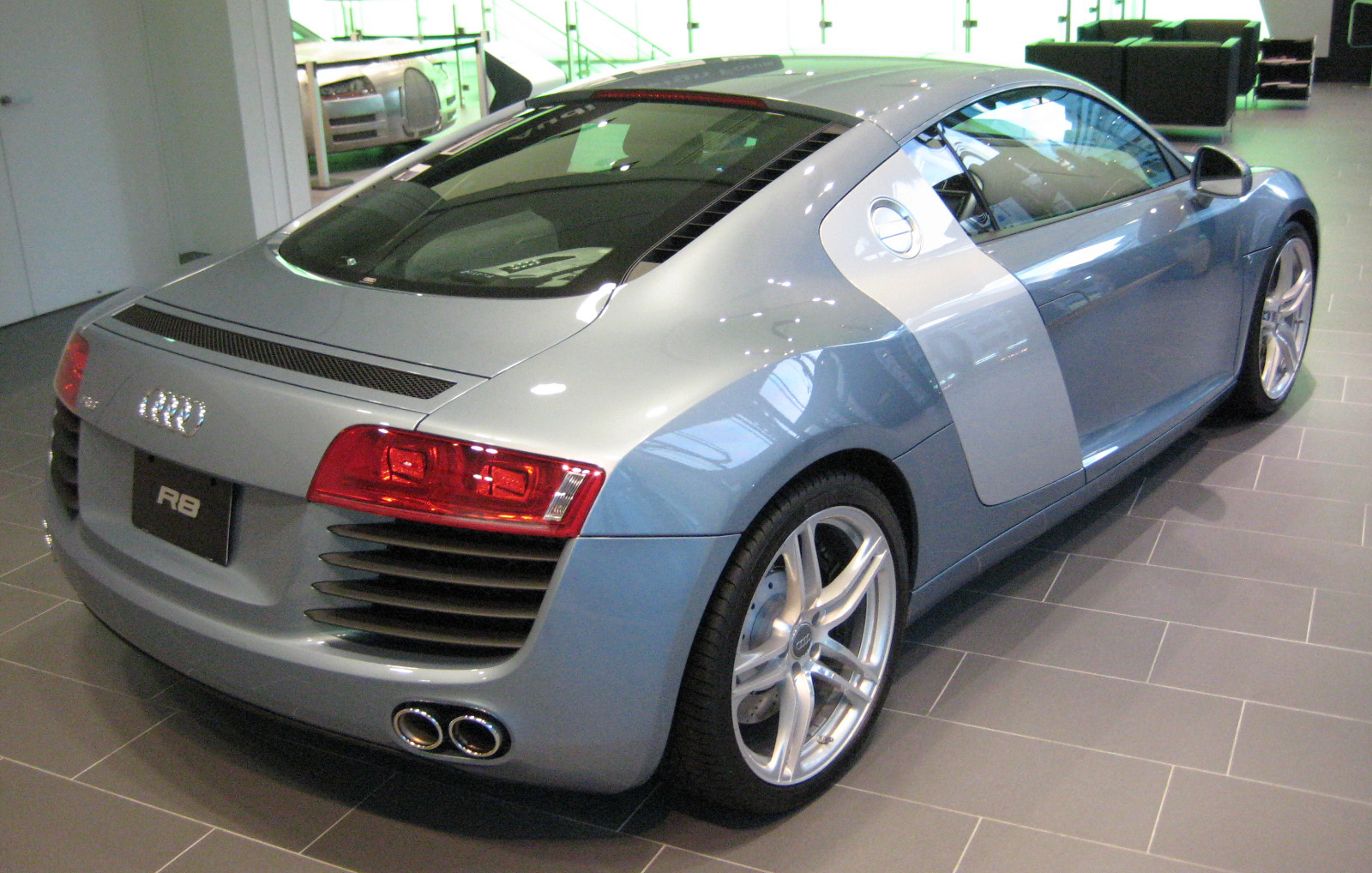 Audi R8  Exterior Rear View
