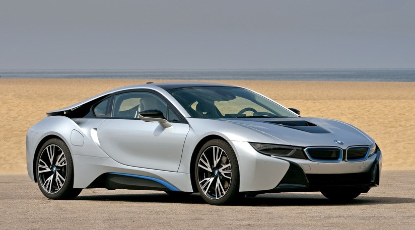 BMW i8  Exterior Side View