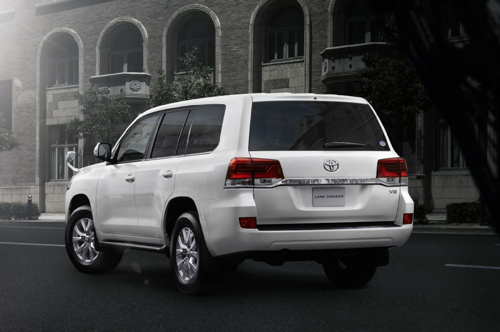 Toyota Land Cruiser 2019 Exterior Rear End