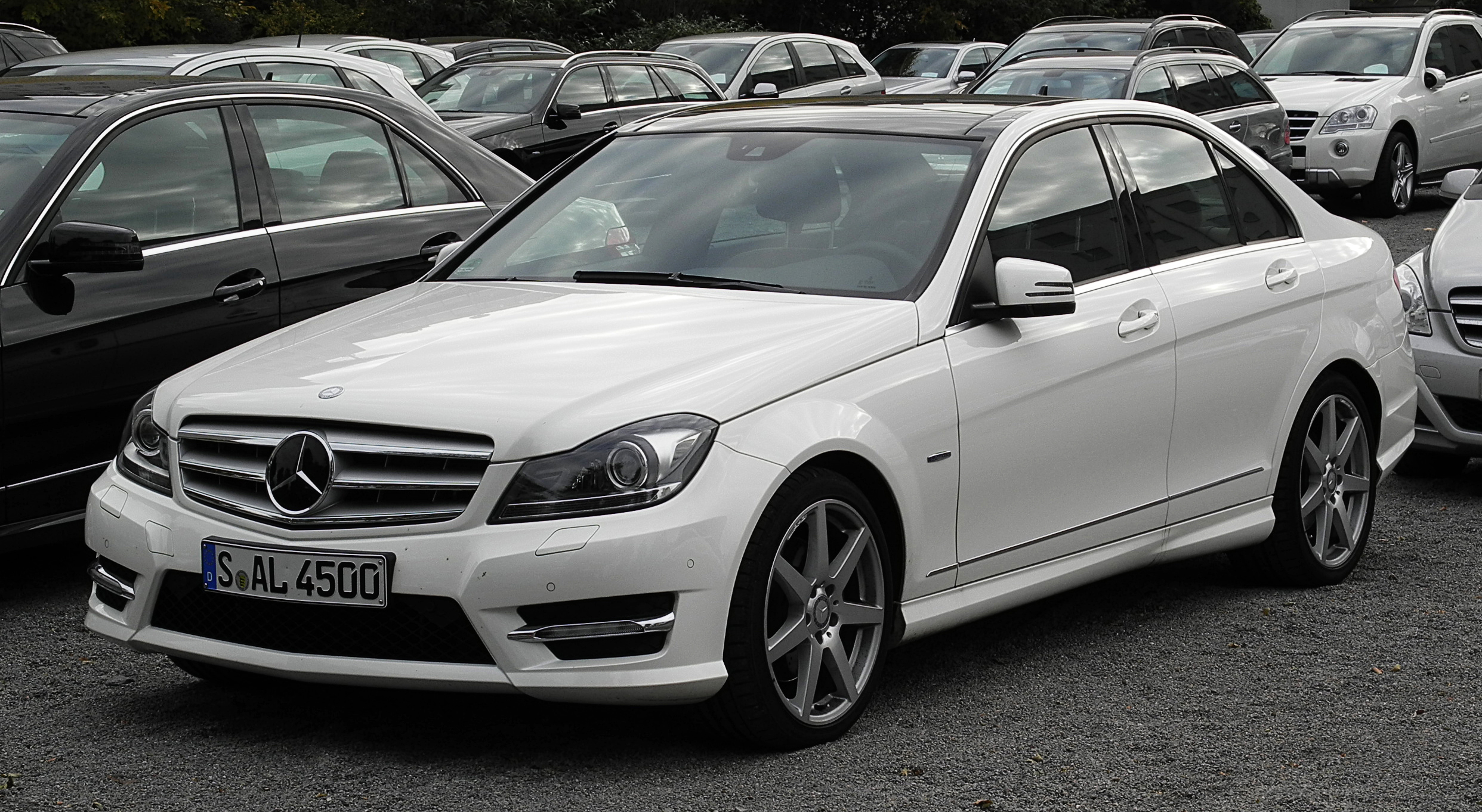 Mercedes Benz C Class 2014 Exterior Side View