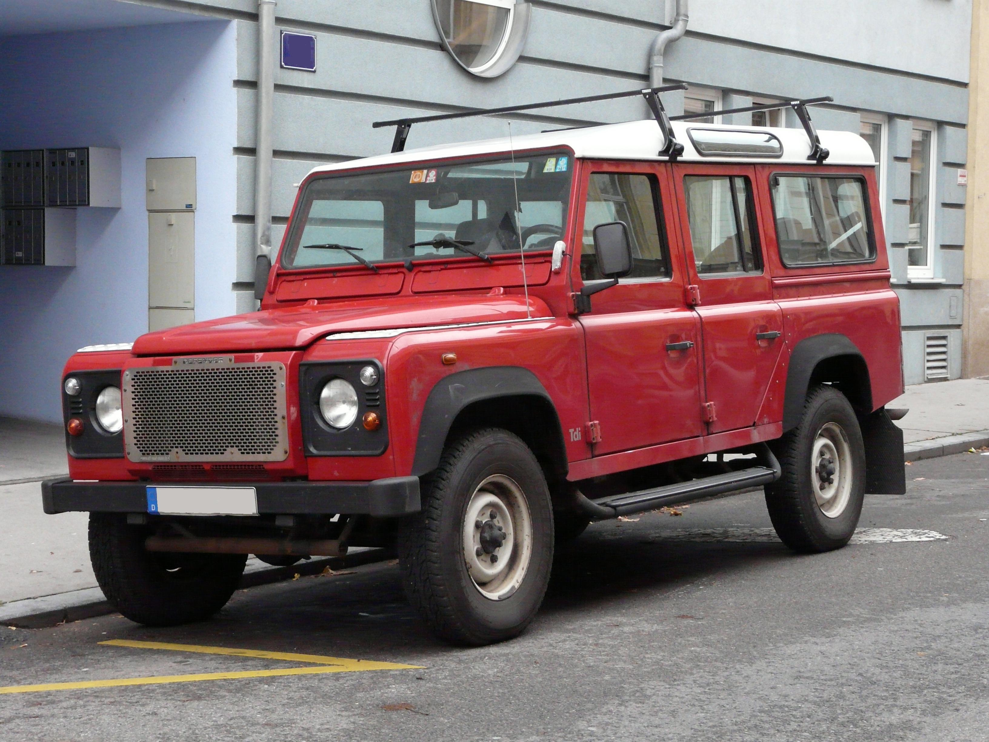 Land Rover Defender  Exterior Front Side View