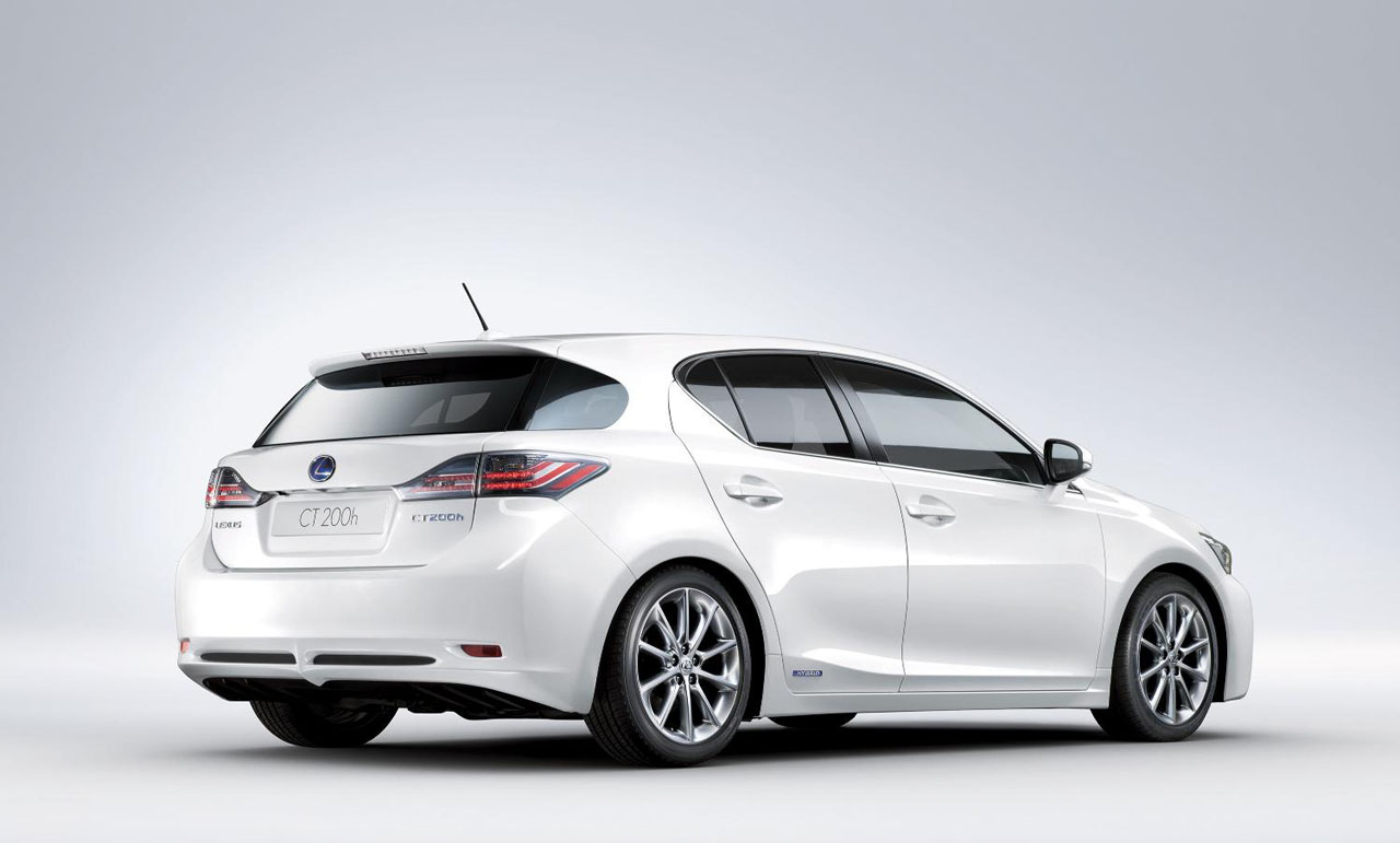 Lexus CT200h  Exterior Rear Side View