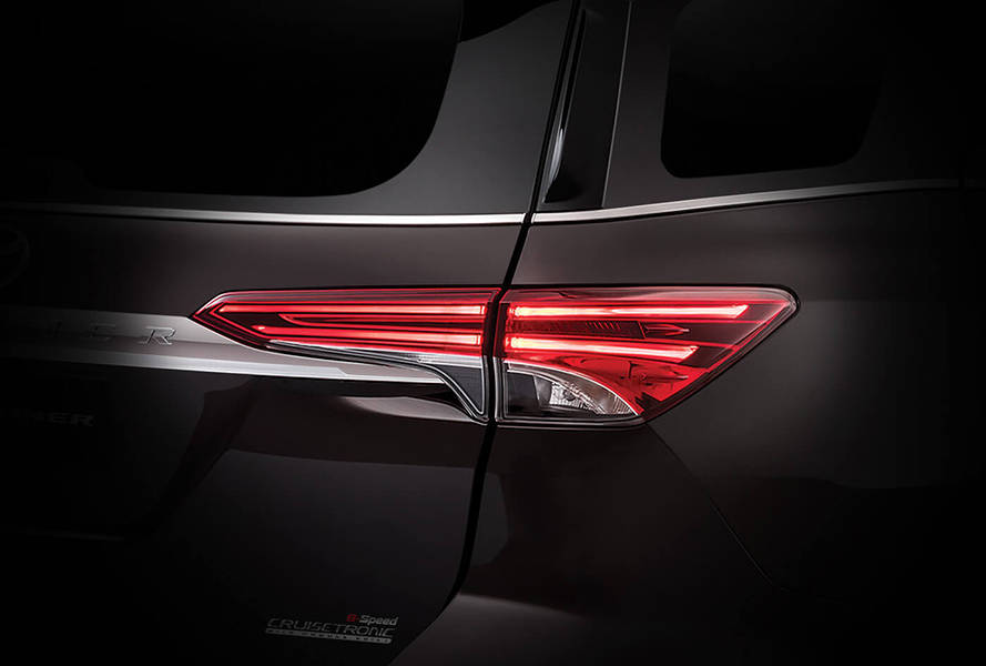 Toyota Fortuner 2020 Exterior Rear Light
