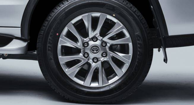 Toyota Fortuner Exterior New Alloy Wheels